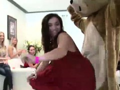 Strippers get blowjobs from...